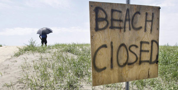 beachclosed.jpg