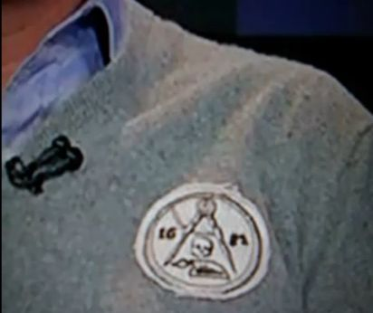 Glenn Beck dons conspicuous Masonic emblem on 4/1/2011 program.