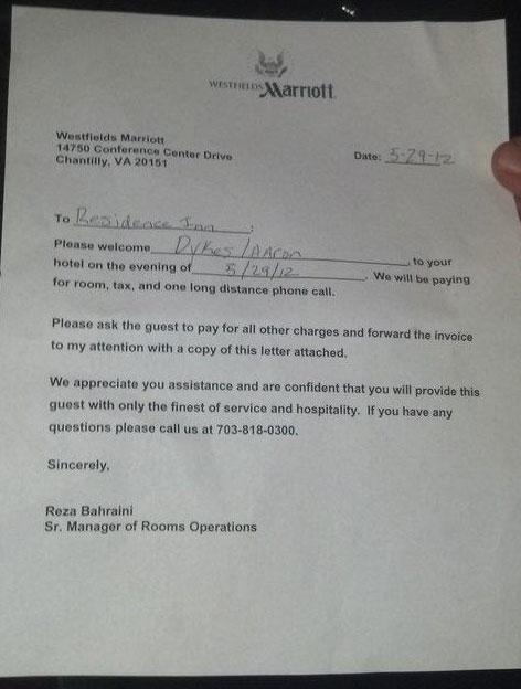 Alex Jones Banned From Bilderberg Hotel, Calls For Press Mob ...