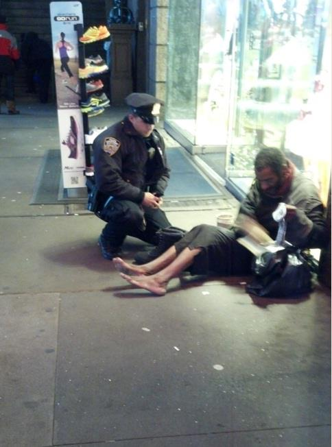 NYPD Cop Buys Homeless Man Boots cophelp