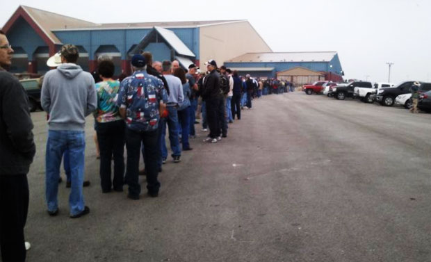 Record Line Outside Austin Gun Show austin gun show long line 2