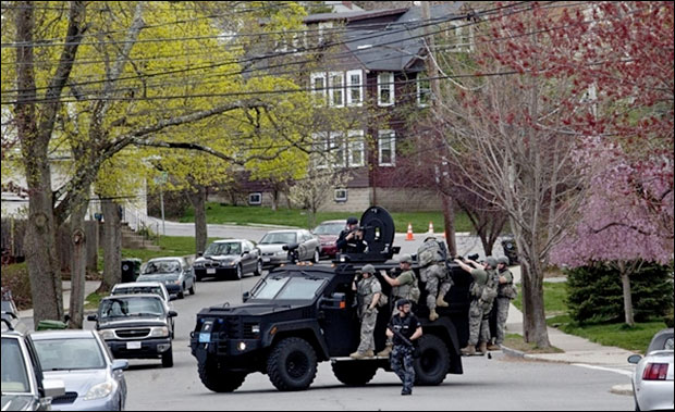 Video: SWAT police gunpoint raids in Boston Were Conducted House After House bostonmil10