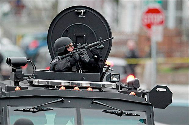 Video: SWAT police gunpoint raids in Boston Were Conducted House After House bostonmil11