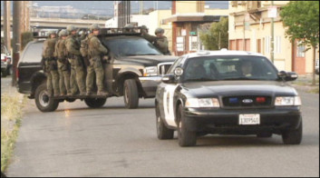 FBI Conducting Gun Sweeps in Oakland oaklandlockdown2