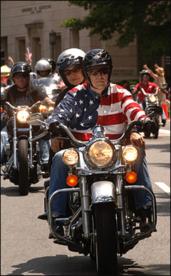 Motorcyclists were blissfully unaware of the masterfully executed divide and conquer tactic.