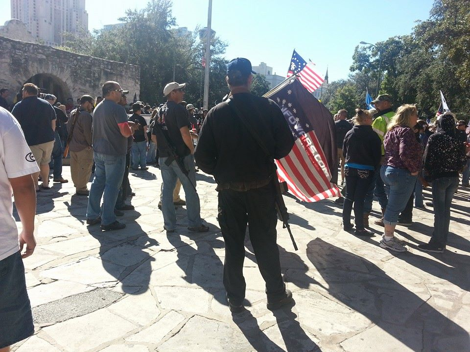 Gun Owners Defy Tyranny, Defend Constitution at the Alamo 1374047 10201562012204067 396159584 n