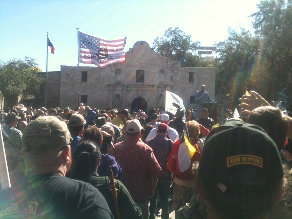 Gun Owners Defy Tyranny, Defend Constitution at the Alamo 1377200 602237903176878 1387070930 n