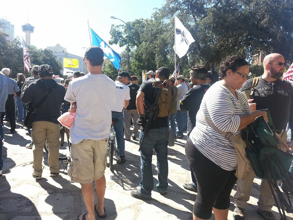 Gun Owners Defy Tyranny, Defend Constitution at the Alamo 1384063 10201562011484049 1438059786 n