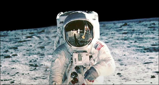 How is it government can put a man on the Moon but not build a website? Photo: NASA