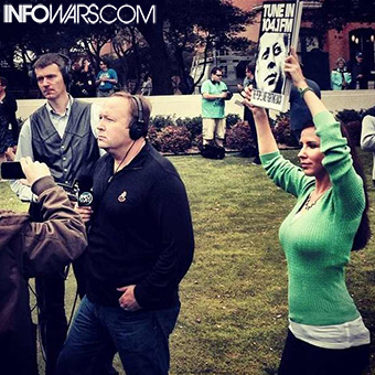 Infowars reporters engage in thought crimes.