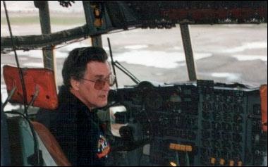 Former CIA pilot Tosh Plumlee. Photo: Crónica en Zona Libre