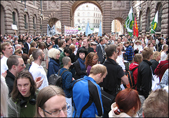 Swedish protestors against the warrantless wiretapping FRA law passed in 2008. Credit: Hedning via Wikimedia