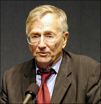 Seymour Hersh. Photo:   Institute for Policy Studies