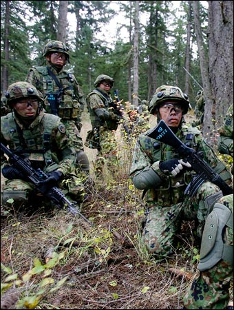 Soldiers of the Japan Ground Self-Defense Force training in Oct. 2008.
