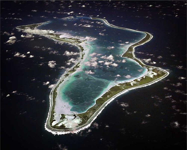 Principais meios de comunicação norte-americanos ainda têm de exigir das parcelas de radar do regime Obama e imagens de satélite das regiões do Oceano Índico e do Mar do Sul da China, como os militares dos EUA abrange toda esta área de Diego Garcia como nenhum outro mares do mundo, devido ao seu transporte vital e pistas de ar.  Foto: Wikipedia Commons