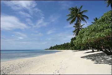 Marshall Islands, Enoko Island beach / Image via Wikimedia Commons