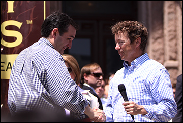 Ted Cruz and Rand Paul speaking to Tea Party Express supporters at a rally in Austin, Texas. / Photo via Wikimedia commons