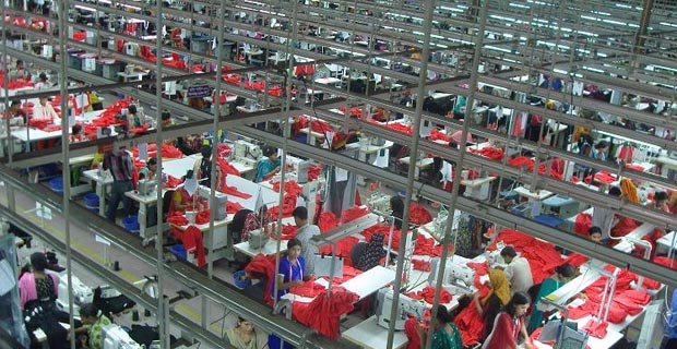 Garments Factory in Bangladesh / Photo: Fahad Faisal, via Wikimedia Commons