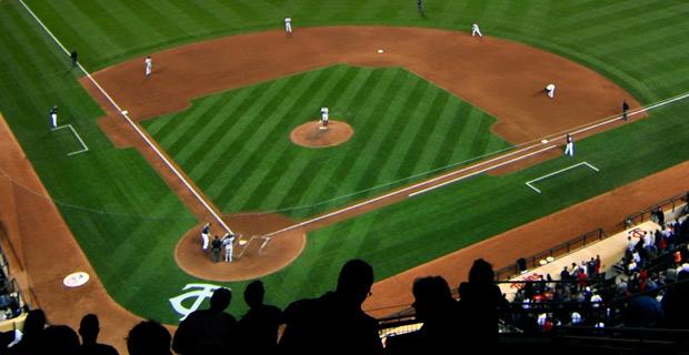 Target Field, home of the Minnesota Twins in Minneapolis.  Credit: Dan / Wiki
