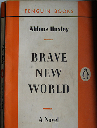 a comparison of todays world and huxleys world in brave new world Compare and contrast brave new world to today's society im having a hard time writing my english essay about brave new world by aldous huxleycompare and contrast societies in brave new world and the current day period.